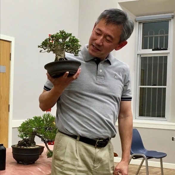 Leong discussing his 'Seven Elements of Bonsai' framework